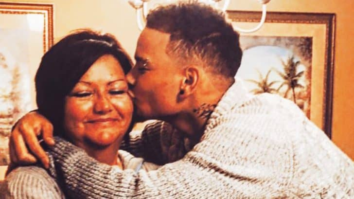 Kane Brown Just Gifted His Mom With A Life Changing