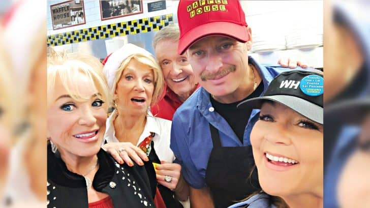 "Bill Anderson Recruits Star-Studded Cast For ""Waffle House Christmas"