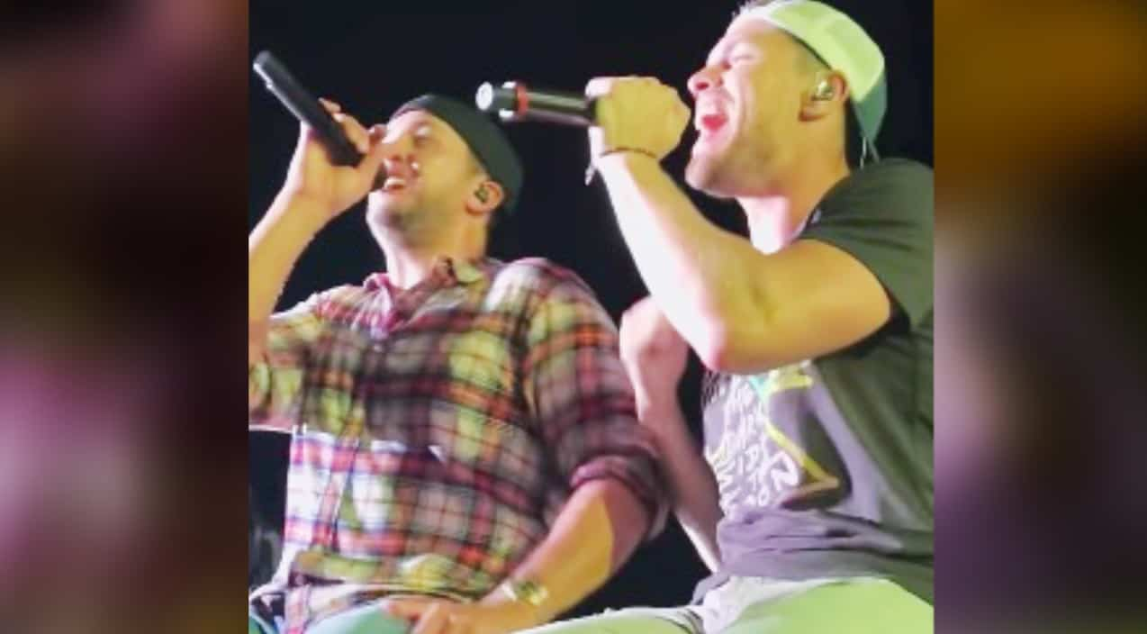 Luke Bryan Goes Full 90S Country With Show-Stopping Tim -1105