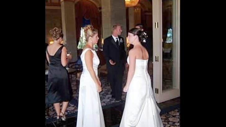 Queen Latifah Wedding Pictures.Groom S Mother Shows Up In A Wedding Dress And The Bride